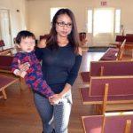 Arrestan a esposo de inmigrante peruana refugiada en iglesia de Colorado