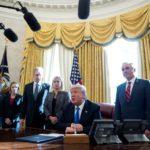 """Advierten a Trump que sería un """"gran error"""" abandonar el TLCAN"""