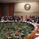 Define INE financiamiento público y privado para candidatos independientes