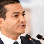 Ministro de Industria de Brasil renuncia para dedicarse a campaña electoral