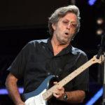 Eric Clapton se está quedando sordo y tiene problemas con las manos