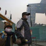 Pekín emite su primera alerta de contaminación del invierno