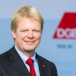 Schulz logra apoyo de la federación de sindicatos a su preacuerdo con Merkel