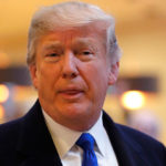 """Trump amenaza con suspender ayuda a palestinos por """"falta de respeto"""" a Pence"""