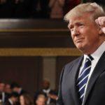 Trump pide al Congreso que facilite el despido de empleados públicos