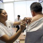 Reporta ISSSTE avance de 65% en aplicación de vacunas contra influenza estacional