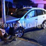 Aparatoso choque en Independencia y Gómez Palacio; los conductores alegan luz verde