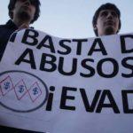 Con llamado a boicot protestan en Chile contra alza de tarifas de transporte