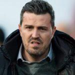 Suspendido el PAOK-Olympiacos tras ser herido técnico Oscar Junyent