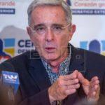 Supremo colombiano pide investigar a Uribe por posible manipulación testigos