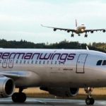 Tres pasajeros mueren tras la caída y explosión del avión en el que viajaban