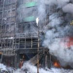 Al menos 13 muertos en un incendio en un bloque de viviendas en Vietnam