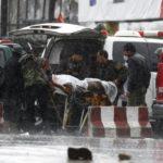 Al menos dos muertos y tres heridos en un ataque suicida en Kabul