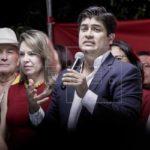 Candidatos prometen reformas institucionales en energía y obras en Costa Rica