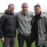 El seleccionador mexicano, en los entrenamientos del Betis y la Real Sociedad