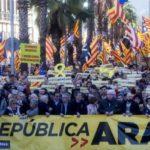 Manifestación independentista en Barcelona a favor de la República catalana