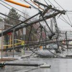 Poderoso Ciclón Bomba deja cinco muertos y un millón sin luz en EUA