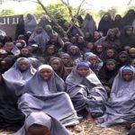 Un mes del secuestro de 110 niñas en Nigeria, donde cunde la desesperanza