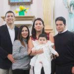 El pequeñito Emilio de la Riva Medina inicio su vida cristiana al recibir el bautismo