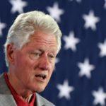 Clinton y líderes del Caribe discuten en Miami plan para enfrentar huracanes