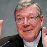 Cardenal Pell afronta múltiples cargos por presunta pederastia en Australia