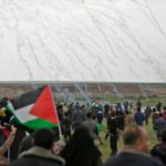 Israel retiene dos palestinos que murieron durante las protestas del viernes