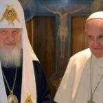El papa y el patriarca ortodoxo ruso instan al diálogo en Siria