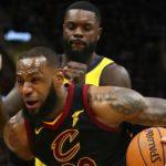 100-97. James aporta 46 puntos y los Cavaliers igualan la serie
