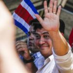 Oficialista Carlos Alvarado gana las elecciones en Costa Rica