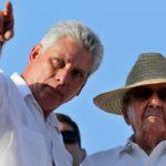 """Raúl Castro confía en """"éxito absoluto"""" de Díaz-Canel avalado por trayectoria"""