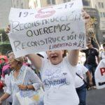 Damnificados protestan en Ciudad de México siete meses después de terremoto