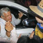López Obrador tiene 44,5 % de preferencia efectiva a media campaña en México