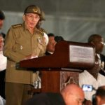Castro recibe a dignatario namibio en primer acto oficial tras dejar el poder