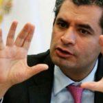 El PRI de México cambia de líder con su candidato estancado en las encuestas