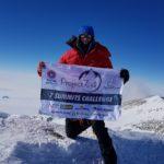 """Un australiano bate en el Everest el récord de las """"Siete Cumbres"""""""