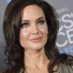 """Angelina Jolie protagonizará la película de fantasía """"Come Away"""""""