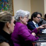 Costa Rica congela salarios a jerarcas como medida por situación fiscal