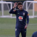Neymar dice que hablan muchas bobadas al ser interrogado sobre el Real Madrid