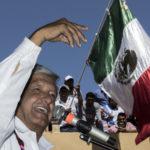 López Obrador plantea tres programas para fortalecer turismo en Guerrero