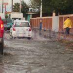 Lujosos fraccionamientos y colonias sin lujo del sur de la ciudad inundados