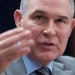 Demócratas piden al FBI abrir investigación criminal a jefe de Medioambiente