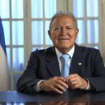 El presidente de El Salvador llega a Guatemala para reunión con Mike Pence