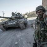 En vez de disparos, los talibanes y los soldados intercambian té y abrazos