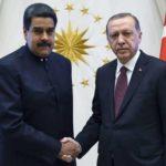 """Maduro felicita a Erdogan por su """"inmensa victoria"""" electoral"""