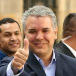 Santos felicita a Duque, vencedor de elecciones presidenciales en Colombia