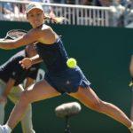 Wozniacki salva una bola de partido ante Kerber y se mete en la final