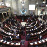 Avanzan proyectos de ley en Guatemala contra aborto y de amnistía a militares