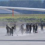 Cierran pista de aeropuerto internacional Guatemala por erupción volcán Fuego