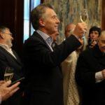 El FMI otorga a Argentina préstamo de 50.000 millones de dólares