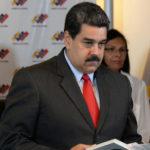 """Maduro anuncia más excarcelaciones de políticos con """"delitos de violencia"""""""